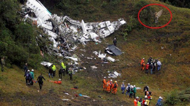 Autoridades dan a conocer: Extraña aparición al momento del accidente aéreo Chapecoense… TE DEJARA HELADO!