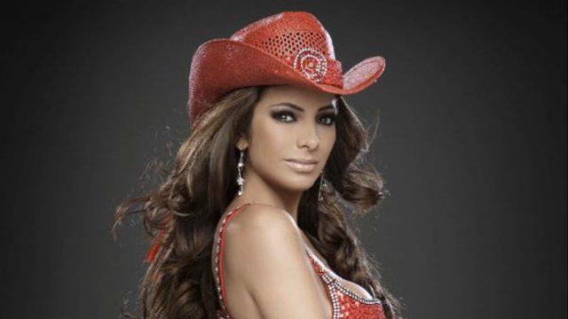 Esta actriz y cantante quedo invalida y perdió la voz por terrible enfermedad; Oremos por ella, #Comparte México esta en tristeza